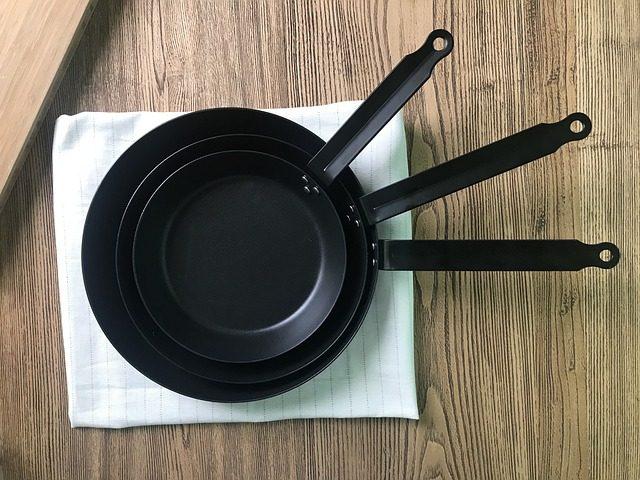 Посуда из чугуна - подарок на кухню