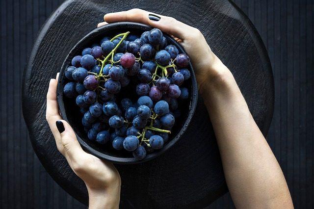 Миска для фруктов - подарок на кухню