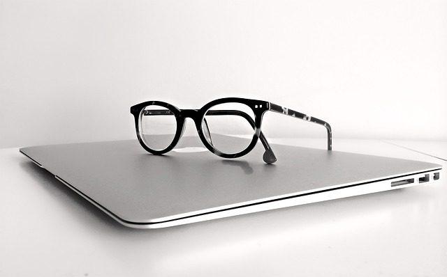Компьютерные очки - что подарить программситу