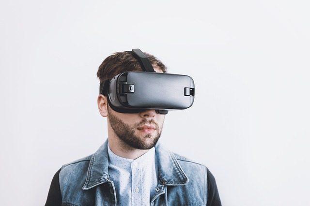 Шлем виртуальной реальности - что подарить программситу