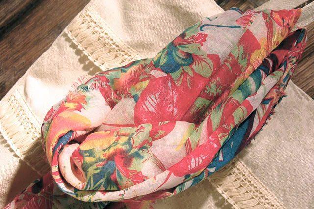 Шейный платок - подарок теще