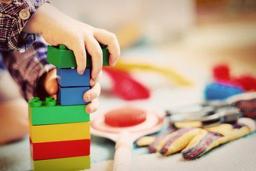 Развивающие игрушки - подарок внуку от бабушки и дедушки