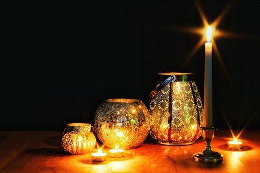 Свеча - 12 подарков для домашнего уюта