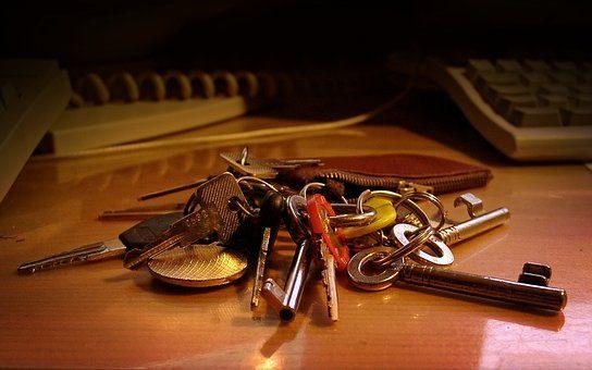 Ключница - 10 подарков риэлтору