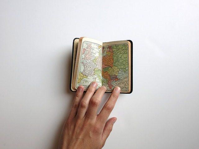 Блокноты для путешествий - идеи подарков для путешественников