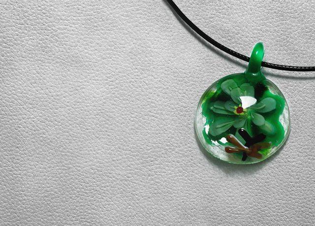 Крафтовые изделия Лэмпворк кулон ручной работы - идеи онлайн подарков