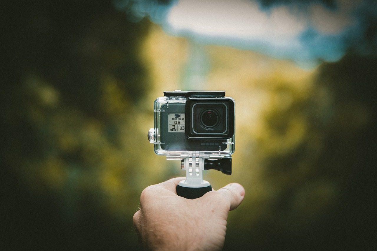 Экшен камера - подарок пилоту на день рождения