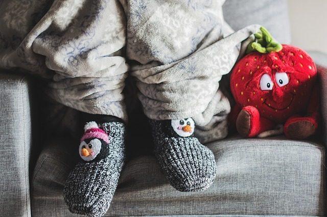 Носки со смешным рисунком- 11 креативных подаркова
