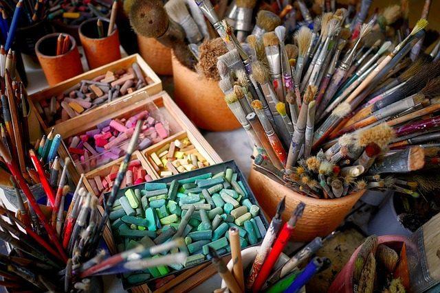 Принадлежности для творчества- 16 подарков до 200 рублей