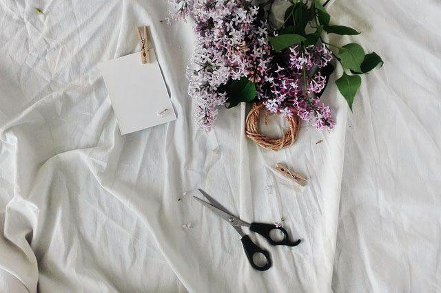 Цветы  - 12 подарков в постель