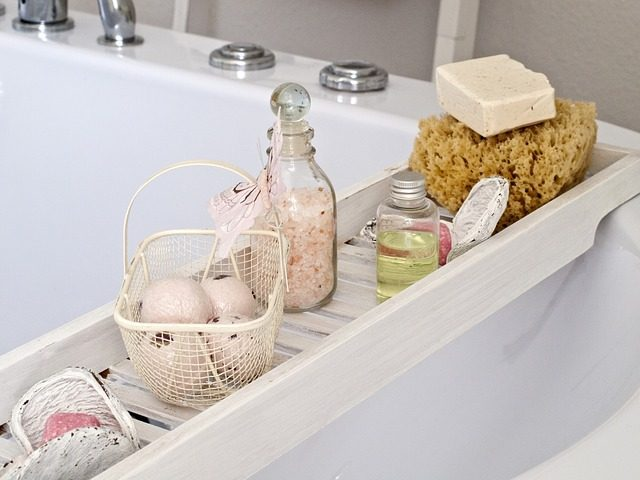 12 подарков для ванной