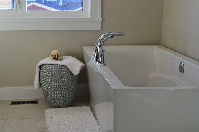 Силиконовый коврик - 12 подарков для ванной комнаты