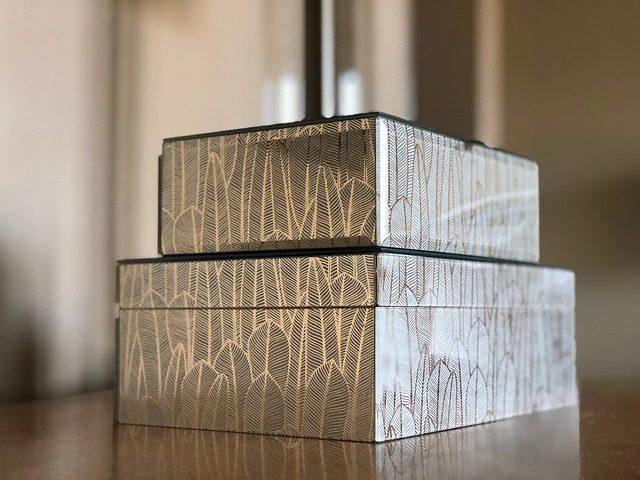 Коробка с мелочами на девичник - 10 подарков на девичник