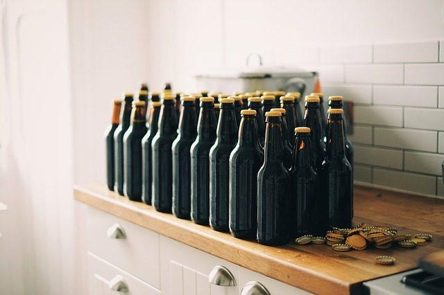 Памятные пивные бутылки - 11 подарков для мальчишника