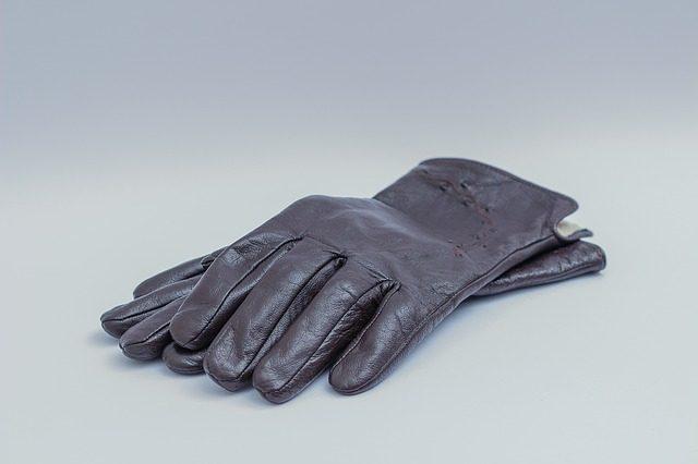 Перчатки - подарок любителю лошадей