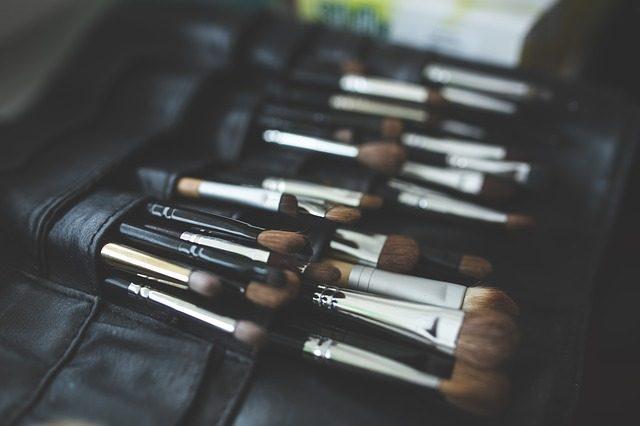 Кисти для макияжа - что подарить визажисту