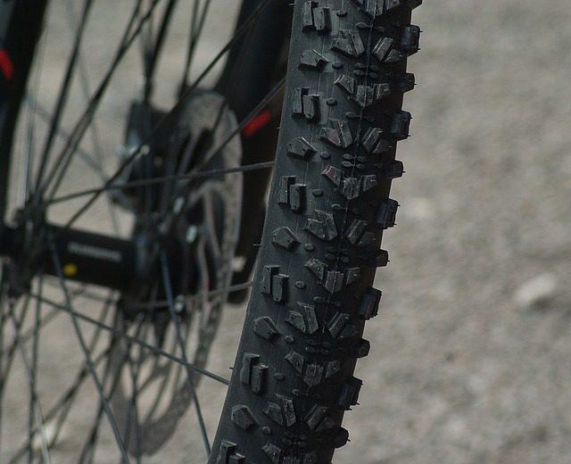 Велосипедный мини-насос - что подарить велосипедисту