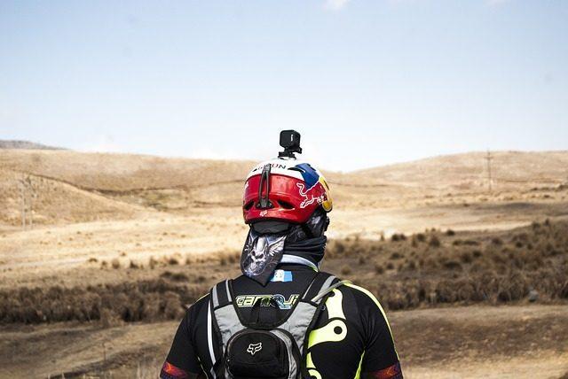 Экшн-камера - Что подарить мотоциклисту