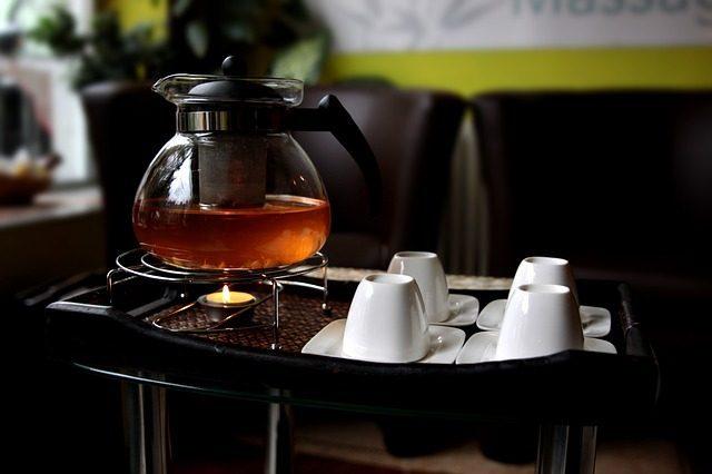 Заварочный чайник - Что подарить к чаю