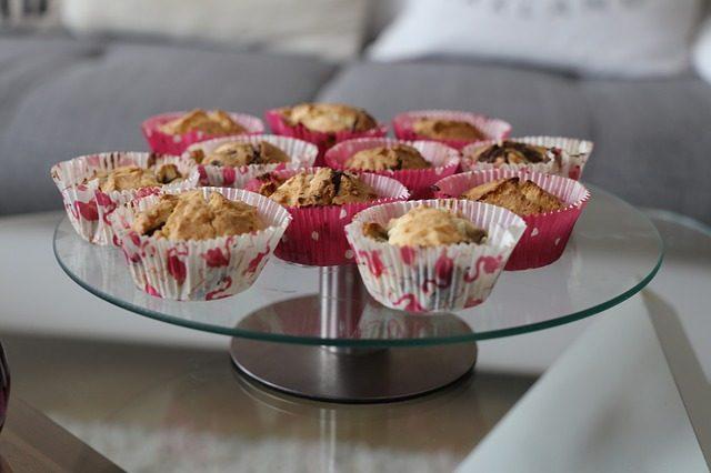 Поворотный столик для тортов - Что подарить кондитеру