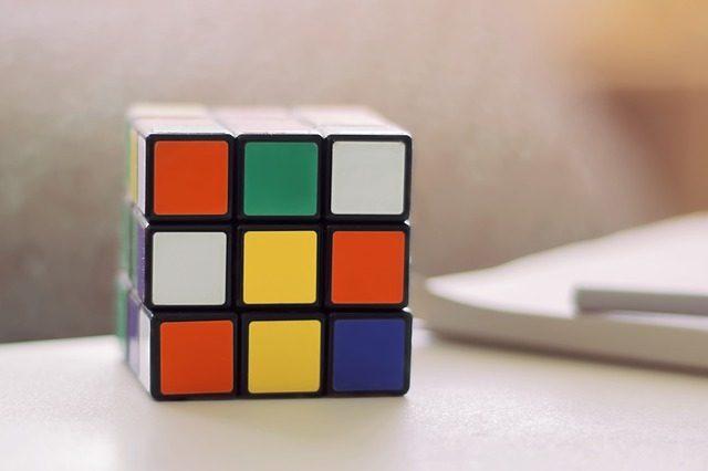 Кубик-рубик - Что подарить мальчику на 4 года
