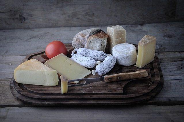 Качественная доска для сыра - Что подарить любителю сыра